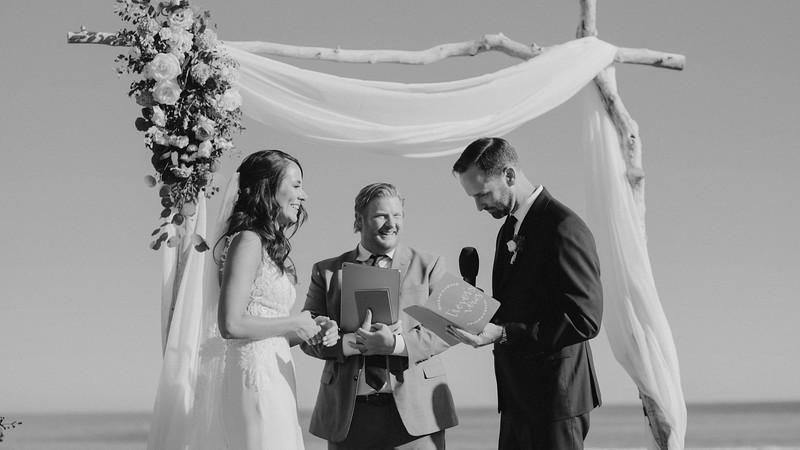 Jenn&Trevor_MarriedB&W466.JPG
