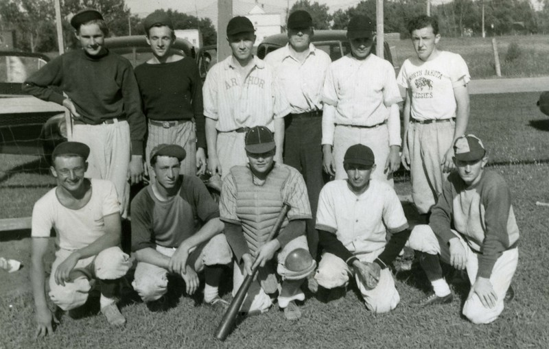 JA150.  Arthur baseball team.jpg