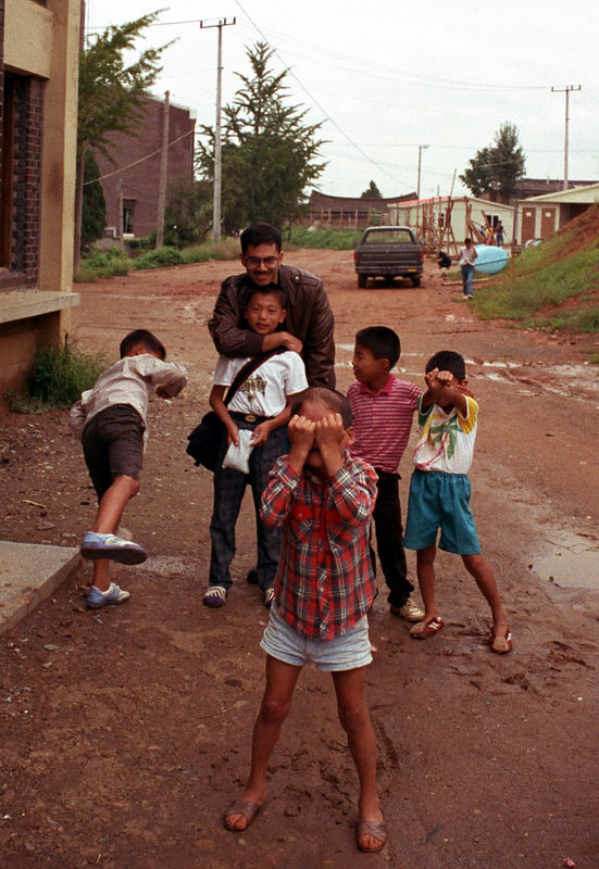 1992 09 26 - Orphanage 01.jpg