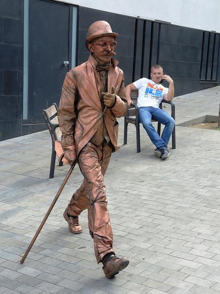 """""""Frozen Man"""" in Barcelona"""