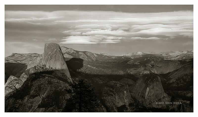 Lenticular Cloud & Half Dome 3.jpg