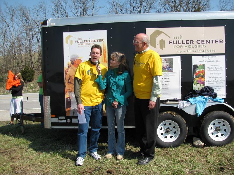 09 05-02 Rev. Warren Whitaker, president of the Springfield Fuller Center and Steve Hale are interviewed. sh