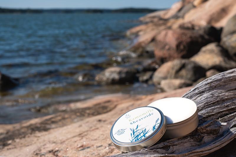 Saaren Taika veera suolasaippua teepuusaippua kamomilla shea pyykkietikka-3688.jpg