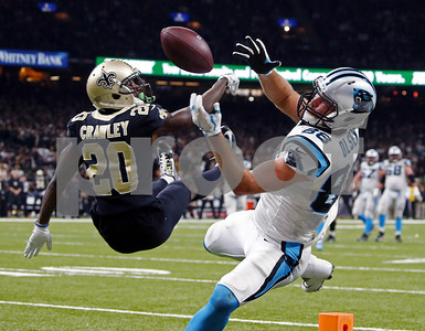 brees-defense-lift-saints-by-panthers