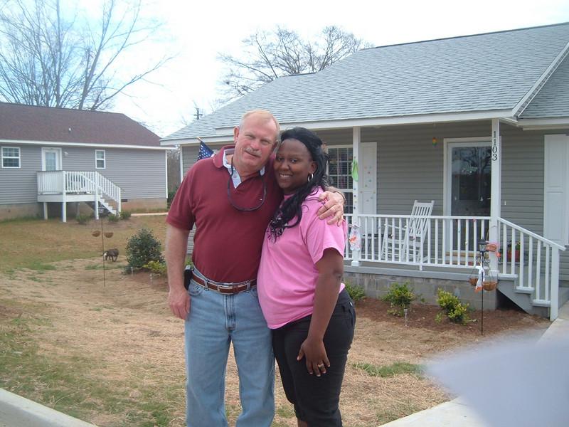 10 04  Construction Manager Darren Kelley with Homeowner Partner Latasha Billingsley.  kr