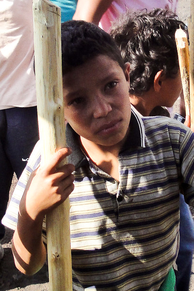 boy-selling-sticks-at-pacaya_4608274884_o.jpg