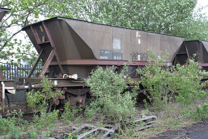 HAA 354701 Worksop Yard, 08/05/11.