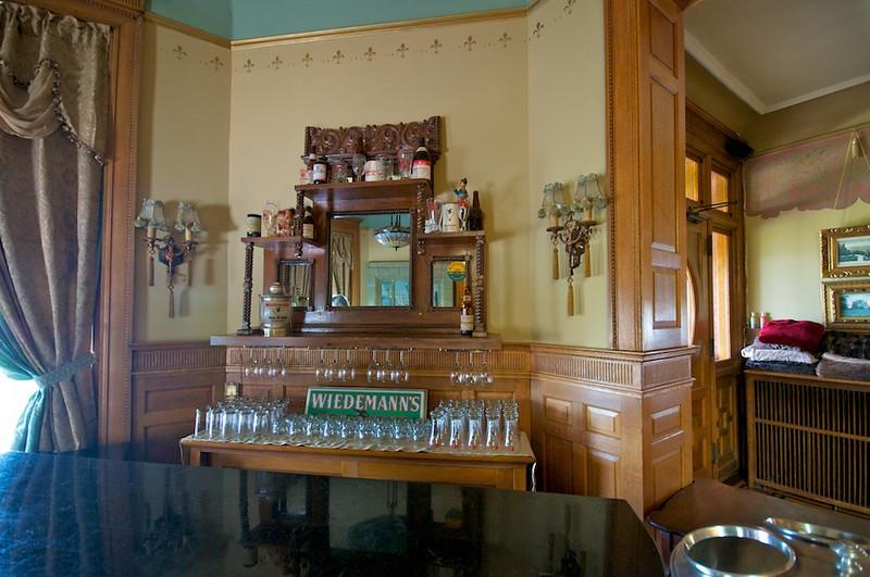Wiedemann Hill Mansion - small Wiedemann bar
