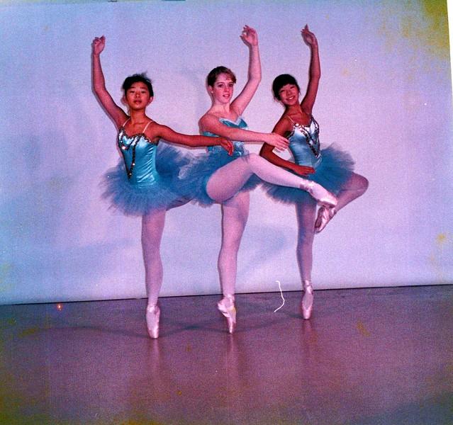 Dance_1923_a.jpg