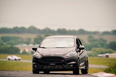 11 Black Ford Focus
