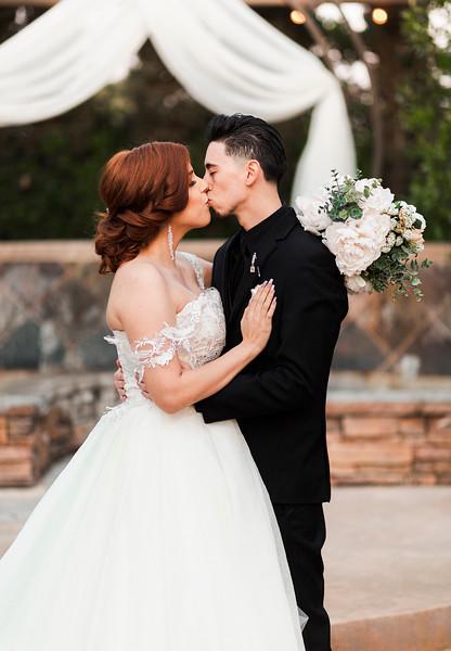 Alexandria Vail Photography Wedgewood Fresno Wedding Alexis   Dezmen553.jpg