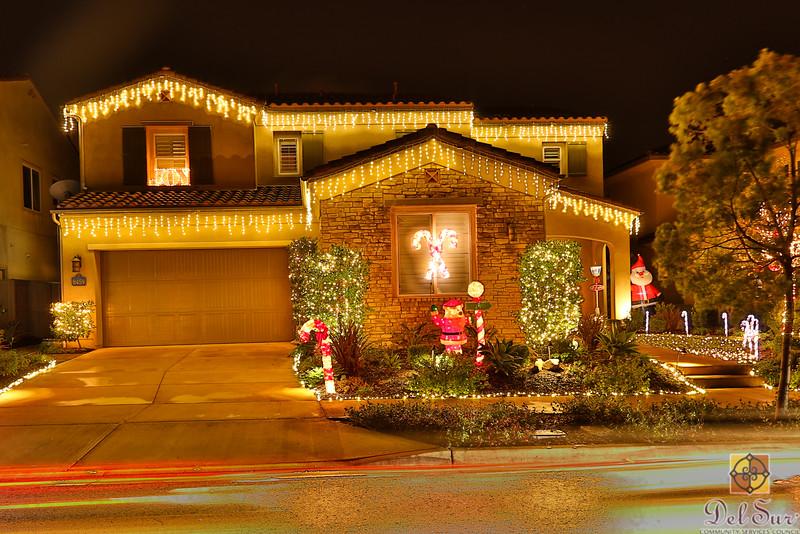 Del Sur Neighborhood Lights Contest_20151211_030.jpg