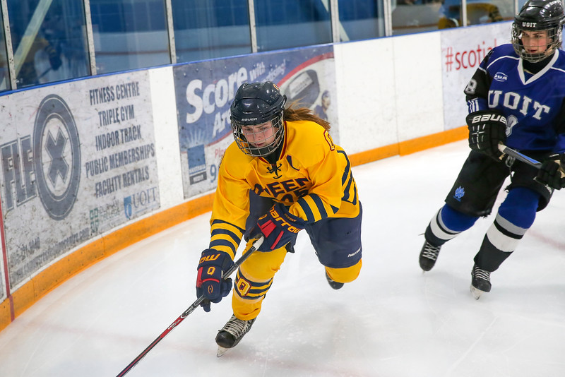 20150129 QWHockeyatUOIT 1079.JPG