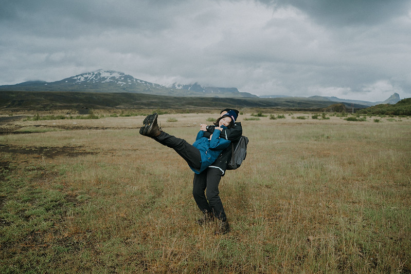 Tu-Nguyen-Destination-Wedding-Photographer-Iceland-Elopement-Fjaðrárgljúfur-16-178.jpg
