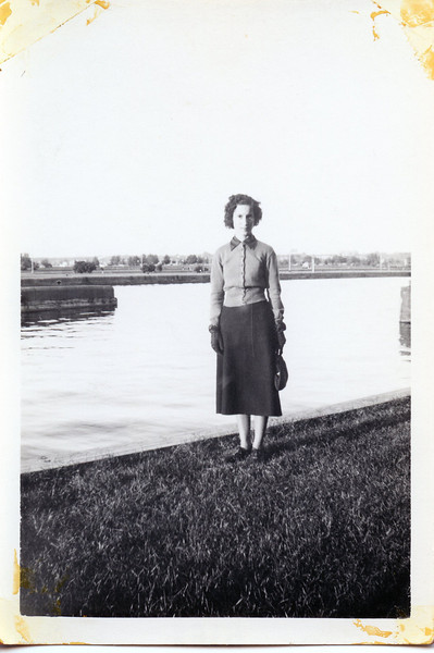 The Locks 1938.jpg