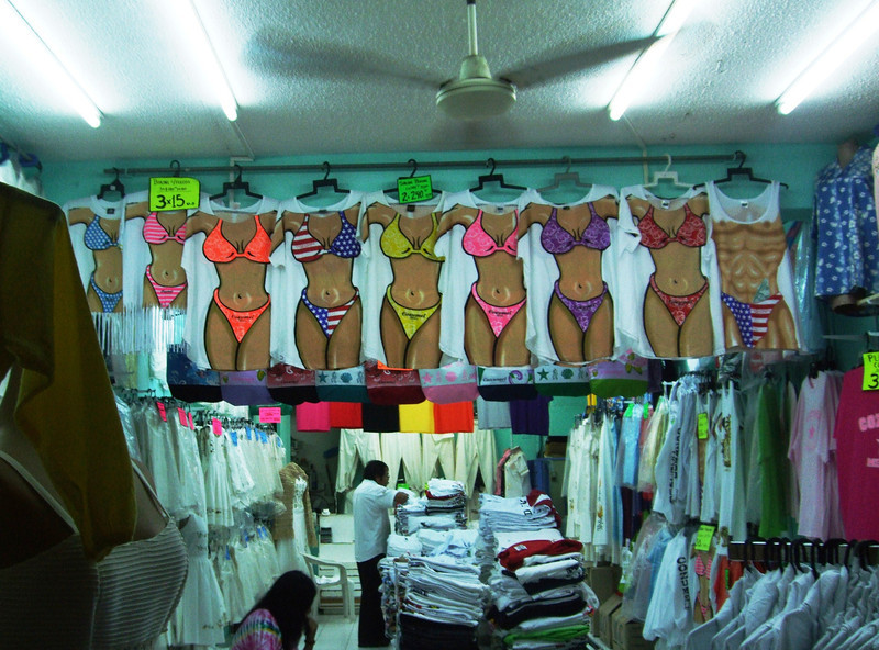Cozumel - 25 Again, hard time - what dress to select?!