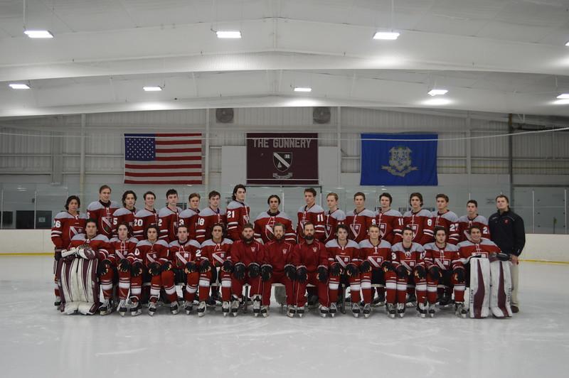 Boys Varsity Hockey.jpg