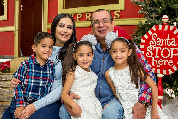 FAMILIA CANTU (TRIATES)