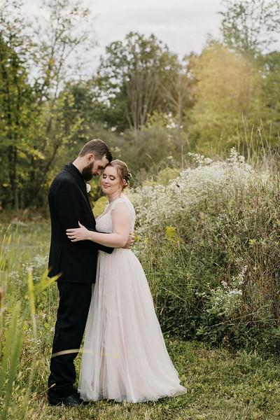 rustic_ohio__fall_barn_wedding-284.jpg