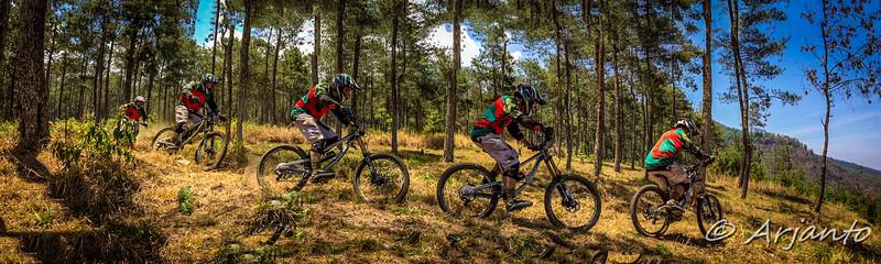 Day 2 - #1 Cemoro Sewu Trail