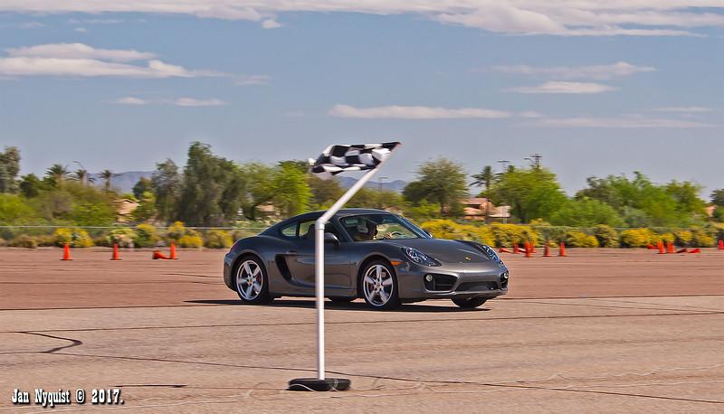 Porsche-Cayman-dark-grey-2672.jpg