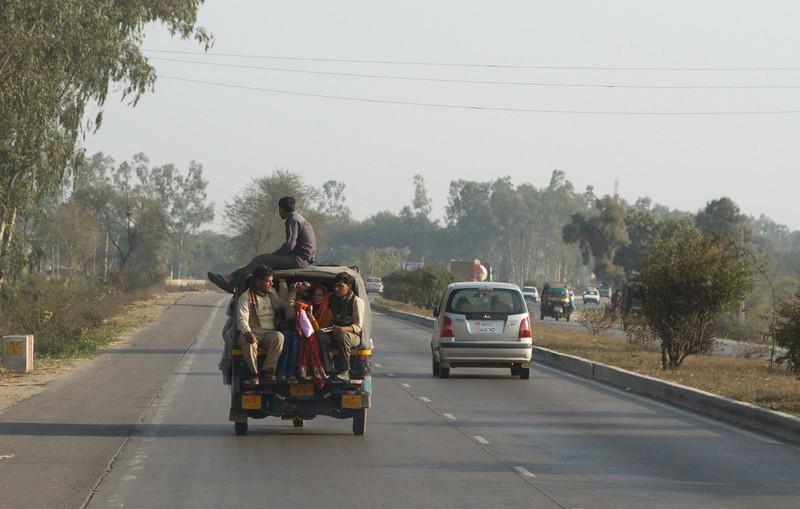 India_2012Feb-5577.jpg