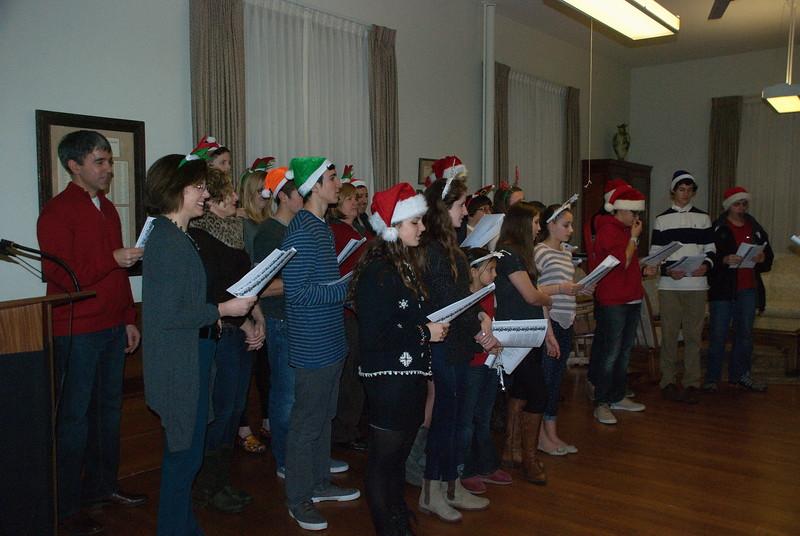 2014-12-10-Christmas-Caroling-at-Sisters-of-Divine-Providence_012.jpg