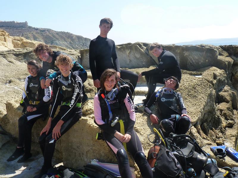 1. Malta 2011 Team.jpg