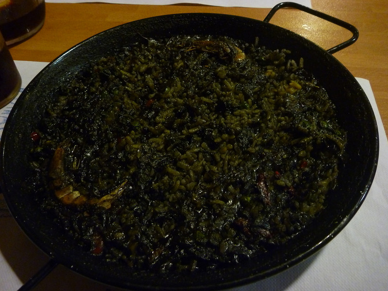 Dan insisted on having paella in Spain but I knew it wouldn't be good at this tourist spot *squid ink paella at Cafeteria Ekaitz