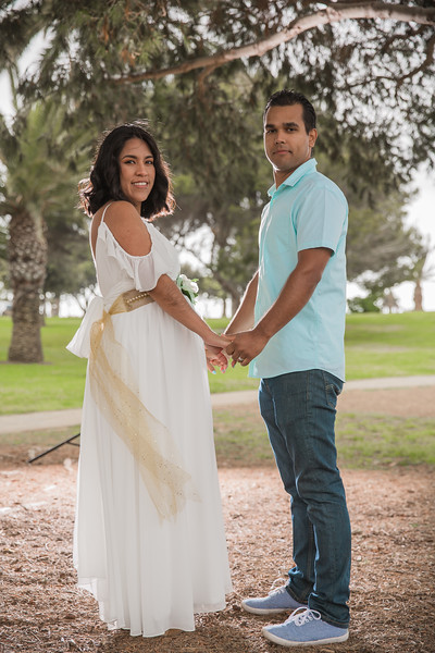 Maternity Shoot-1213.jpg