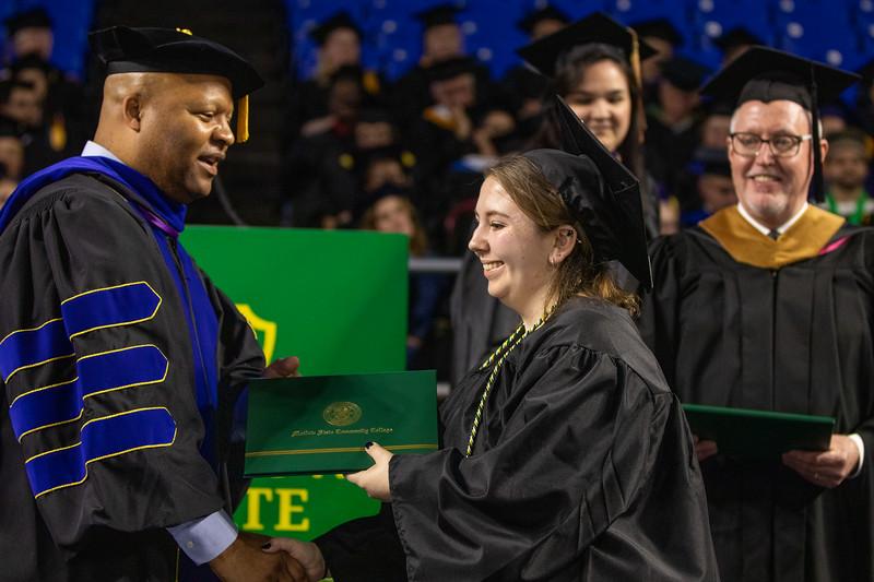 Graduation 2019-9609.jpg