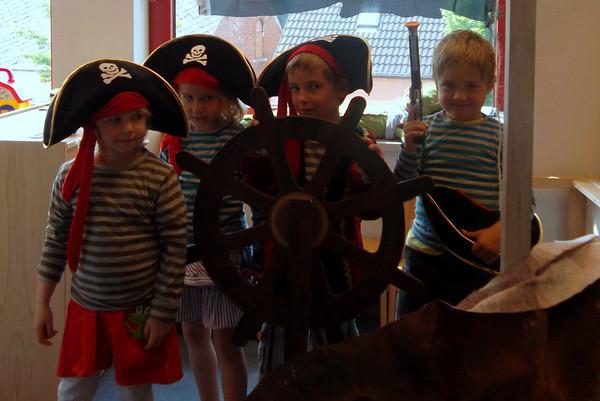 groep 3B, piraten en afval