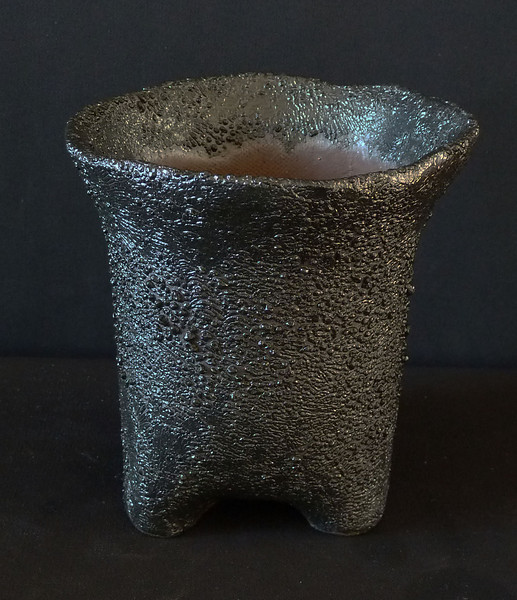 """2076  3 1/2"""" round, 4"""" deep, 4 1/2"""" tall  $28.00 ***SOLD***"""