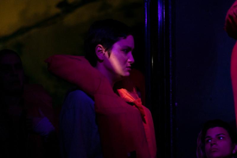 Allan Bravos - Fotografia de Teatro - Indac - Migraaaantes-365.jpg