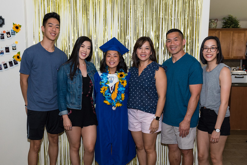 20190602_jenny-hs-graduation_016.JPG