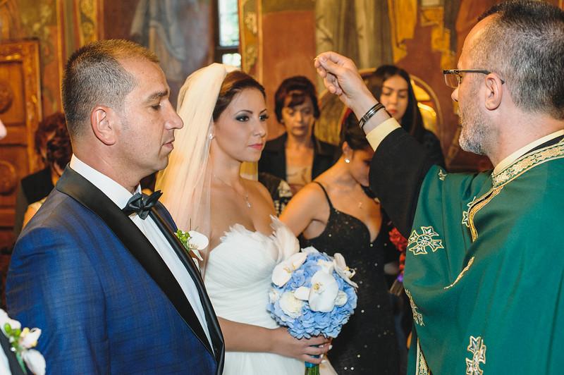 Andreea-biserica-18-October-2014-Nunta--LD2_7580Liviu-Dumitru.jpg