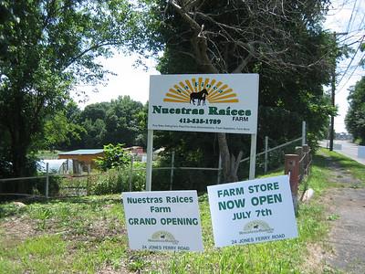 Nuestras Raíces Farm