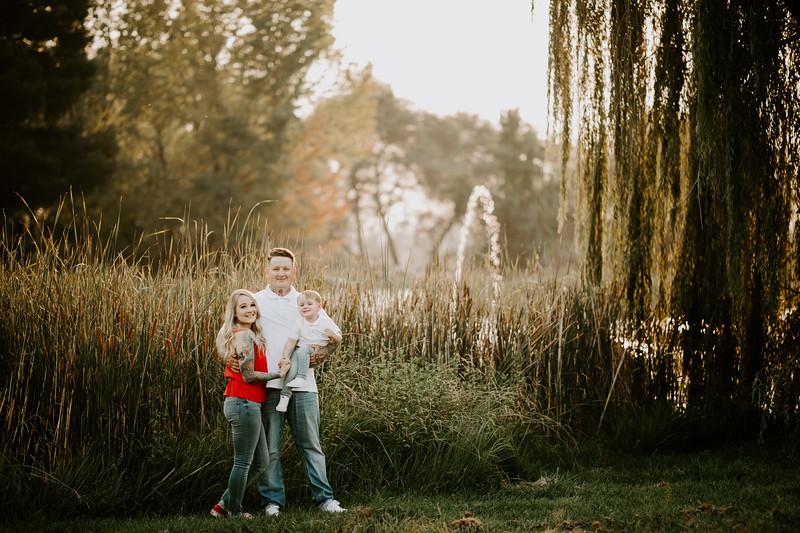 Lauren Family 01-7.jpg