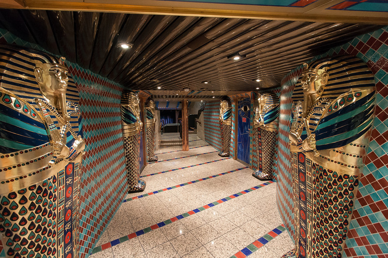 Entry to Pharaoh's Palace Main Lounge