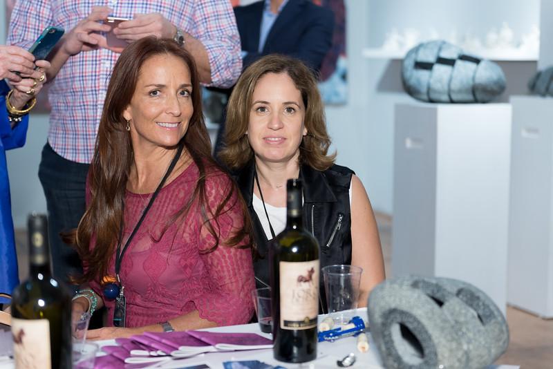 Isabel Brinck, Laura Villarreal