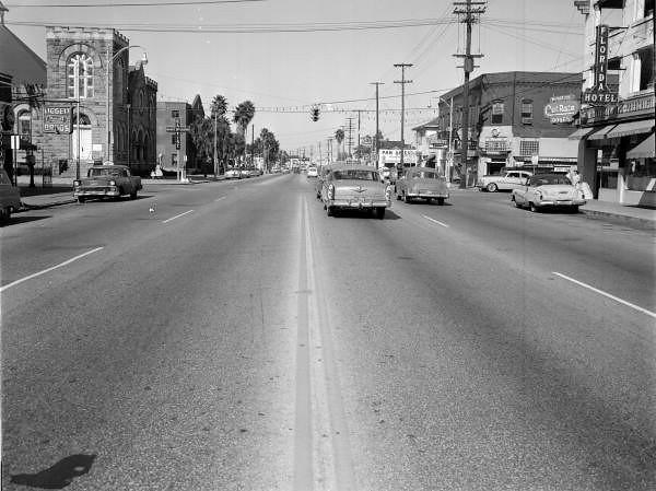 Main-8th-1958.jpg