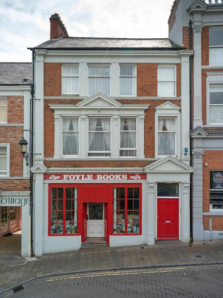 Fa�ade of book store, Londonderry, Northern Ireland, Ireland