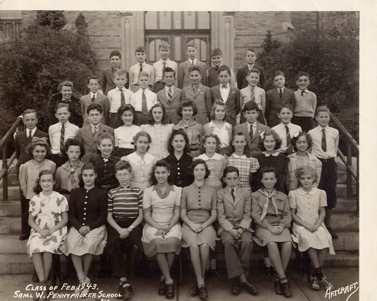 omi school photo 1943 retouched.jpg
