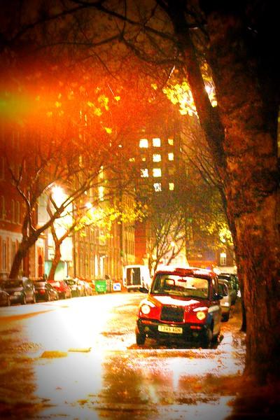 london-at-night_2189411833_o.jpg