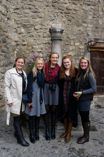Catherine, Marin, Grace, Merritt, and Ema in the courtyard of the Château du Chillon