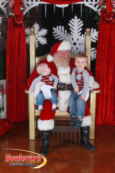 Santa 12-17-16-330.jpg