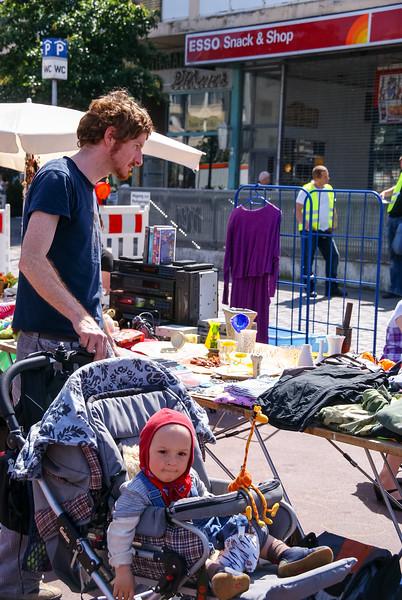 2010-06-06-Flohmarkt 70.jpg