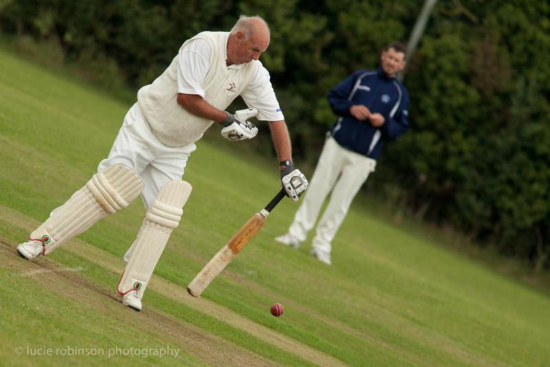 110820 - cricket - 203.jpg