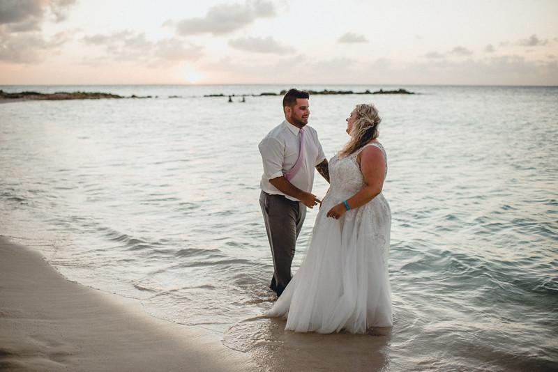 Requiem Images - Aruba Riu Palace Caribbean - Luxury Destination Wedding Photographer - Day after - Megan Aaron -8.jpg