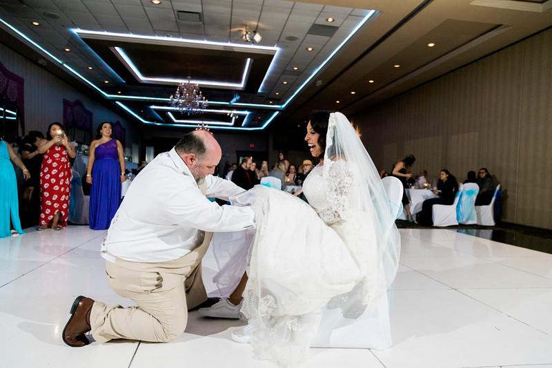 duncan-wedding-orlando-familia-and-crystal-gardens-intrigue-photography-571.jpg